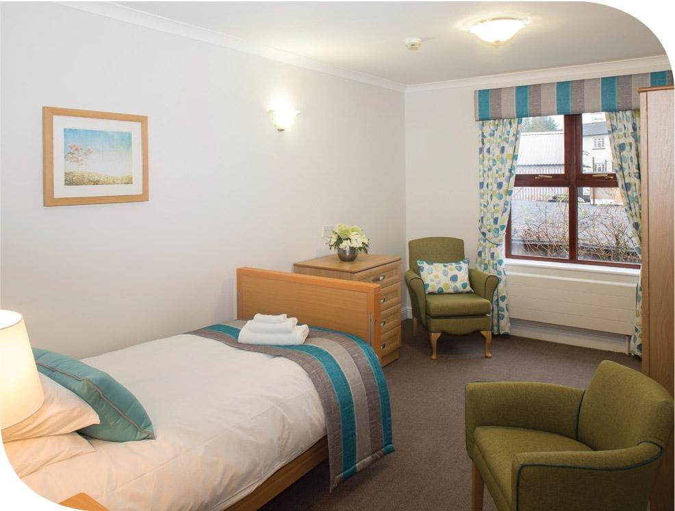 Sonas-nursing-home-bedroom