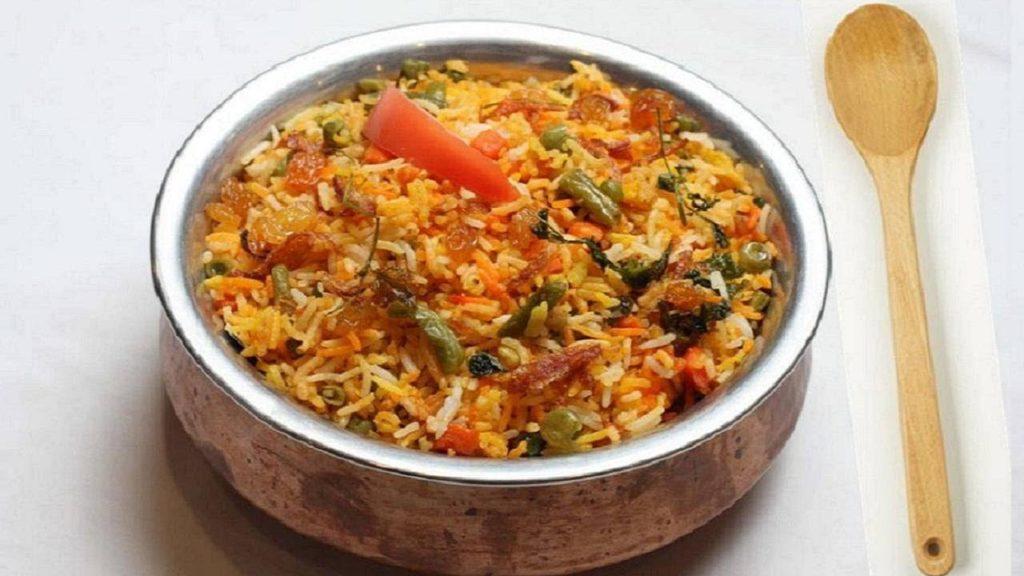 chichen & rice dish at salman's