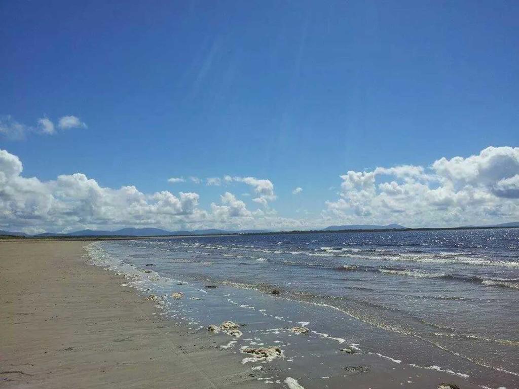 erris-beo-explore-Shraigh-beach-photo-by-Elaine-Hopkins-01